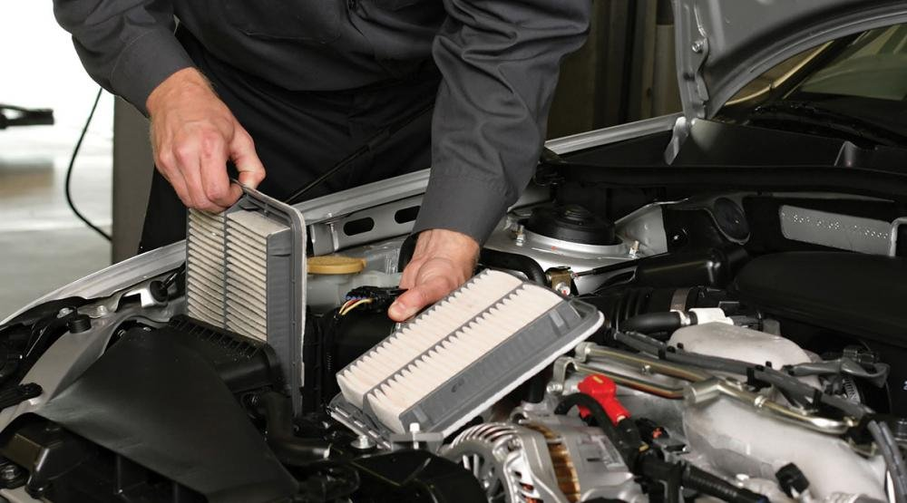 Cần vệ sinh điều hòa ô tô thường xuyên và đến đại lý bảo dưỡng định kỳ